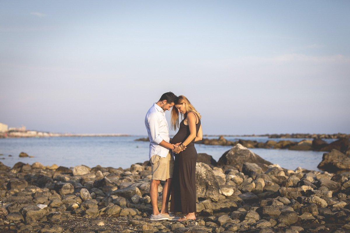 fotografo di gravidanza e famiglia a lucca